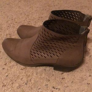 Size 9 ankle boots